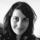 Sol Maya, creadora y editora de este sitio.